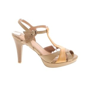 Madeline Top Drawer Leather Strap Heels Size 7.5M